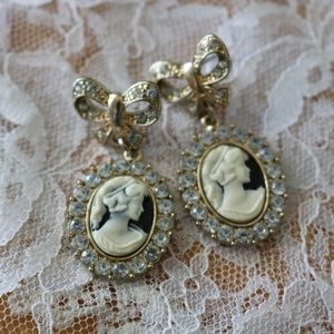 Vintage Cameo Bow Earrings with Clear Stones